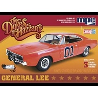 1:25 Dukes of Hazzards General Lee Plastic Kit Movie