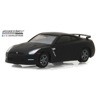 Greenlight Tokyo Torque Series 2 2015 Nissan GT-R (R35) 1:64 Scale Die-Cast Metal Vehicle
