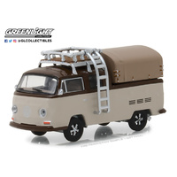 Greenlight Club V-Dub Series 7 1969 Volkswagen Type 2 Double Cab Pick-Up 1:64 Scale Die-Cast Metal Vehicle