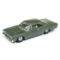 RACING CHAMPIONS MINT 1:64 Diecast 1968 Plymouth Road Runner Avocado Green