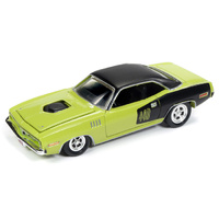 RACING CHAMPIONS MINT 1:64 Diecast 1971 Plymouth Barracuda 440 Curious Yellow