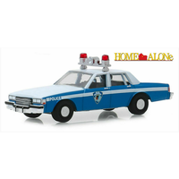 Greenlight 1:64 Hollywood Series 25 : Home Alone - 1986 Chevrolet Caprice Police Sky Blue