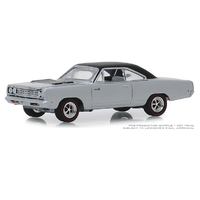 Greenlight 1:64 GL Muscle Series 22 - 1968 Plymouth Road Runner Hemi in Buffed Silver