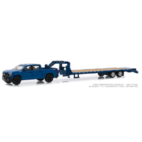 Greenlight 1:64 Scale Hitch & Tow Series 18 - 2019 Chevrolet Silverado 1500 LT Trail Boss with Gooseneck Trailer