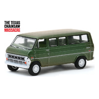 Greenlight 1:64 Hollywood Series 27 : 1972 Ford Club Wagon - The Texas Chainsaw Massacre