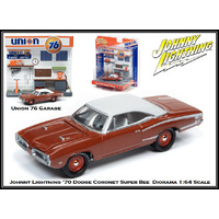 Johnny Lightning 1:64 Scale Diorama: Union 76 Gas Station with 1970 Dodge Charger Super Bee