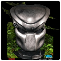 Predator - Classic Predator Life-Size Replica Mask with Stand (Free Shipping)